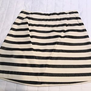 Black and white faux leather skirt
